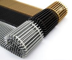 Какие декоративные решетки на внутрипольный конвектор лучше?