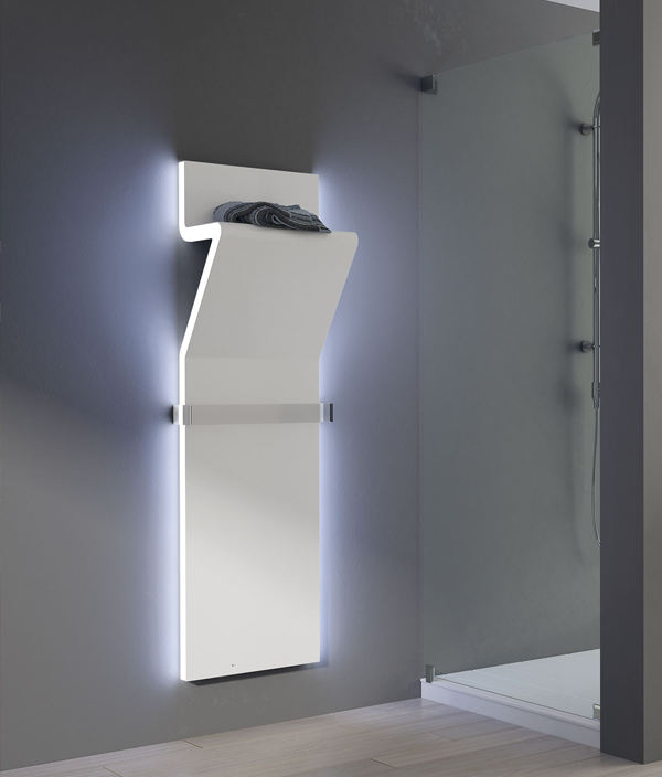 Полотенцесушитель IRSAP Tratto LED