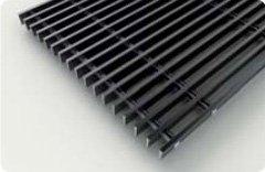 Декоративная решетка черная продольная